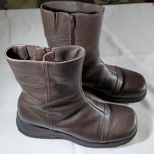 La canadienne zip up leather boots